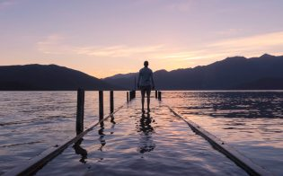 alone-beach-calm-396947